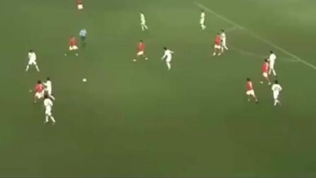 7年前东亚杯国足3-0大胜韩国,第三球居然打出皇