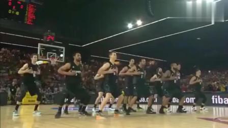 这帮篮球运动员们太有威胁性了,最搞笑的一幕