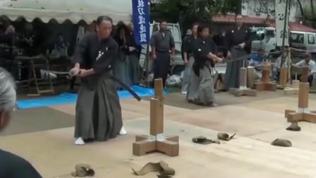 日本著名八幡宮露天示斩,高难度45度对砍全凭一