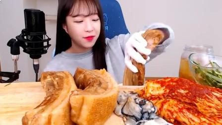韩国美女极限挑战,一口气吃8斤五花肉,看着都