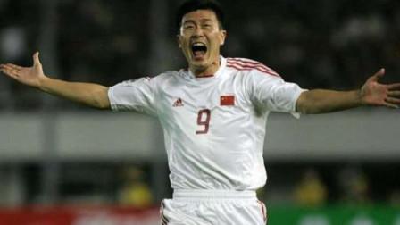 郝海东中国足球史上不能忘记的前锋!当年在亚洲没有几个人能防住他!