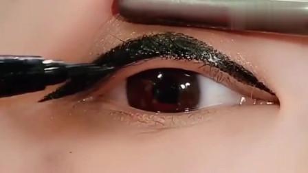 谁说眼睛小就不能画眼妆的,广东美女倒要让你见识一下什么叫技术!