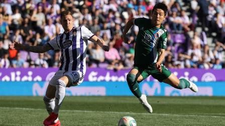 西甲-武磊连续3场首发 洛佩斯开场20分钟吃红牌 西班牙人1-2巴拉多利德