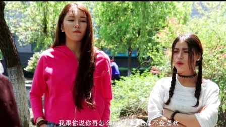 两个美女在背后说校花的坏话,被校花备胎发现