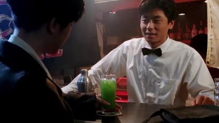 亚洲第一快手出狱后,竟然沦为酒吧调酒师,白