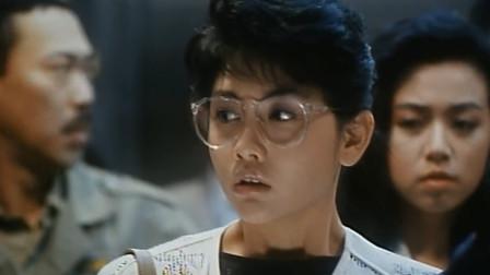 影视:邱淑贞电梯偶遇刘德华,竟发生这样的糗事,刘德华在线背锅