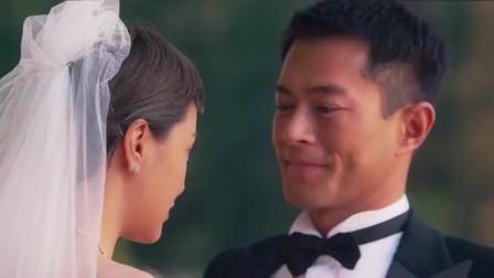男闺蜜陪美女拍婚纱照,却被美女强吻