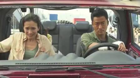 战狼2:美女嚷着要下车,结果下车后却傻了眼,