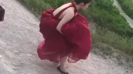 新娘出嫁当天竟然发生了这样的糗事,这波操作