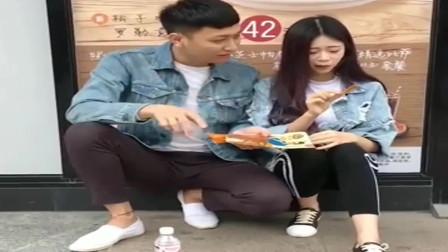 广西老表搞笑视频,女朋友以为男友请吃必胜客