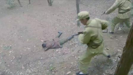 硬汉冲进山寨,不料看见美女被绑满炸弹,下秒