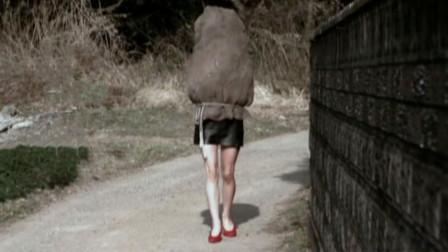 拥有这样一双美腿的女孩,上半身居然是绞肉机