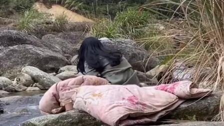 农村美女挑战野外生存,已经半个月了,不知道