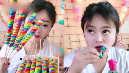小美女吃播:巧克力、螺旋棒棒糖,看着就过瘾