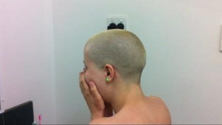 头发一年能长多长?美女剃光头发,镜头记录生
