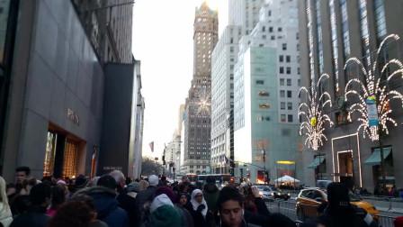「美国纽约生活」:美国纽约第五街街拍
