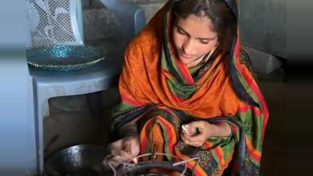 巴基斯坦的女人做饭比非洲美女做饭要精致多了
