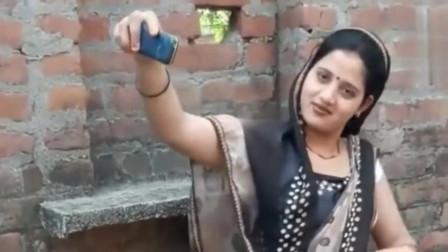 表弟偶遇一个自拍的巴基斯坦美女,当表弟看到