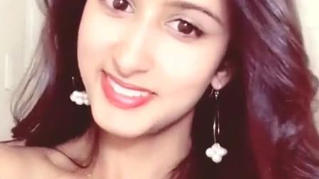 印度美女,网友:一看就是大户人家的女儿!
