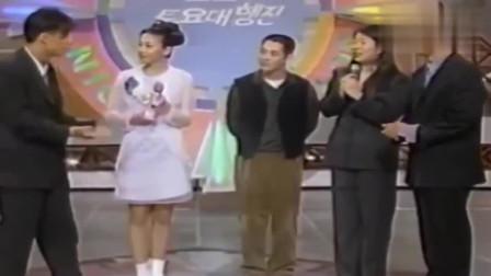 回顾李连杰参加韩国综艺,现场展示1对3,动作干