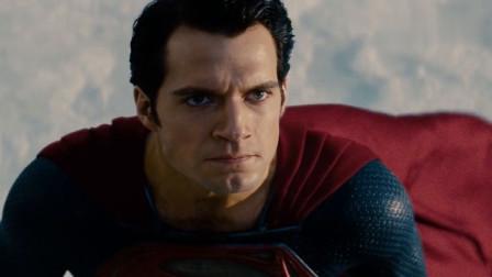 超人不愧是战力天花板 打个敌人都是在炸楼 钢铁之躯名副其实