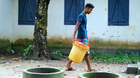 """搞笑视频:印度三哥""""这个头""""怕是要洗一天,太搞笑了!"""