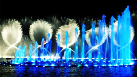 好歌配美景‖罗时丰&张秀卿《不甘你哭》经典闽南语。视频:西湖音乐喷泉