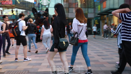 三里屯街拍,北京的8级大风,吹不散美女逛街的