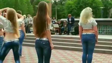 俄罗斯出美女,果然名不虚传。