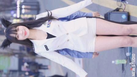 【 街拍】韩国步行街超级超级可爱的小姐姐Coser舞蹈