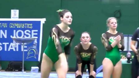 亮绿色体操服装的美女,一套流畅度自由操表演