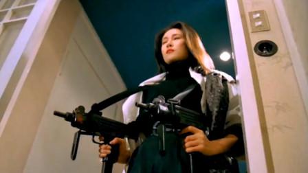 那些惊艳你我的女杀手,可爱美女手持双枪独闯