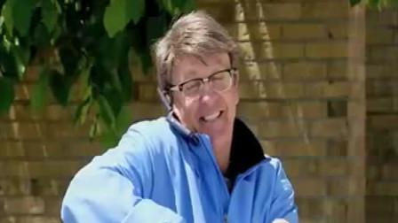 老外超搞笑的恶搞整人视频,笑到我肚子疼了! (34)