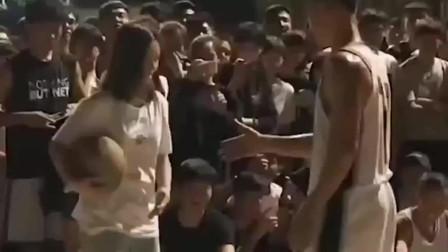 打个篮球还打出感情,最烦这种人啦,没有体育