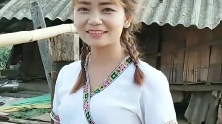 """缅甸美女才刚刚18岁,没有结婚,竟然被人称为"""""""
