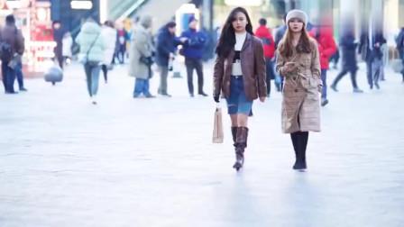 街拍北京,2个穿着时尚的妹子,谁知道是哪个国家的?