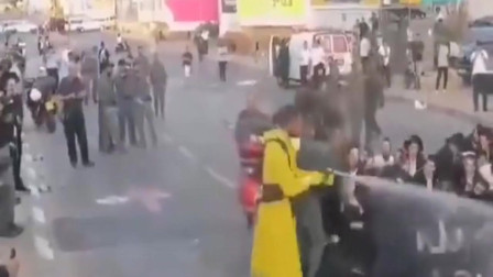 刚刚发来意大利新冠肺炎加剧,街拍市民集体采