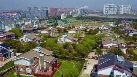 江西南昌市美女:最凄凉的豪宅,建在荒山群墓