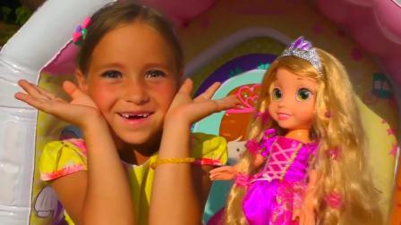 迪士尼长发公主仿妆,小美女娇美可爱,好喜欢