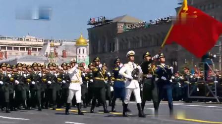 俄罗斯红场阅兵式 中国人民解放军三军仪仗队惊艳登场