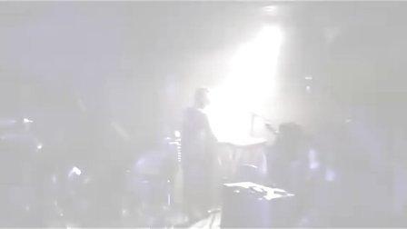 手心里绝望的花----(冷酷仙境2008芬兰巡演)