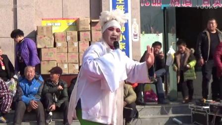 襄城怡景苑饭店戏迷小马反串表演曲剧《劝坟》