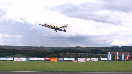 巨型涡喷RC遥控飞机试飞
