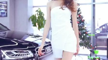 美腿模特女神 走路带风      #模特 #锦粉世家 #美女 #热门