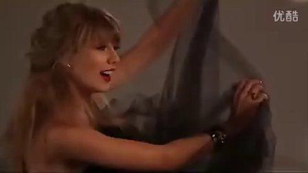 乡村小天后Taylor_Swift_登ELLE封面变身性感小野猫
