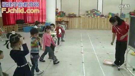 武夷山实验幼儿园中班体育活动《种萝卜》