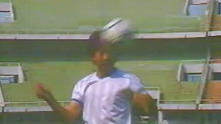 基础足球技术 顶球