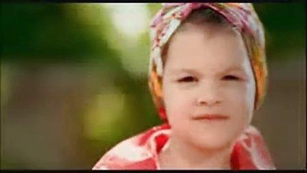 超可爱的三岁小姑娘绝美单曲  Numar pin'la unu
