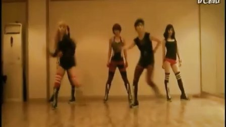 韩国美女组合Black Queen激情热舞boom boom pow