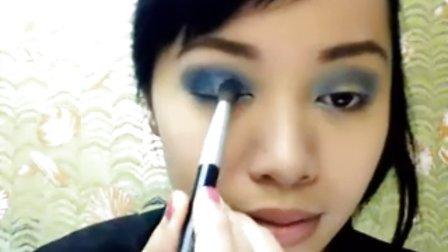 美女Michelle Phan散发青春动人的时尚化妆美容